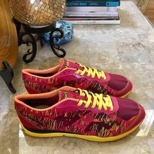 ASICS Guidance women's shoes size 9